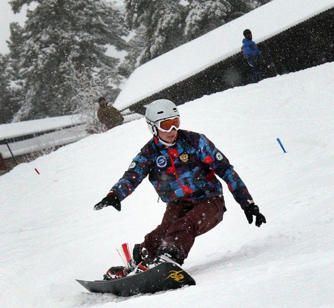 Андрей Пепеляев выиграл этап Кубка России в параллельном слаломе.