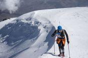 Член барнаульского клуба любителей бега «Восток» Сергей Половинкин совершил скоростное восхождение на восточную вершину Эльбруса.