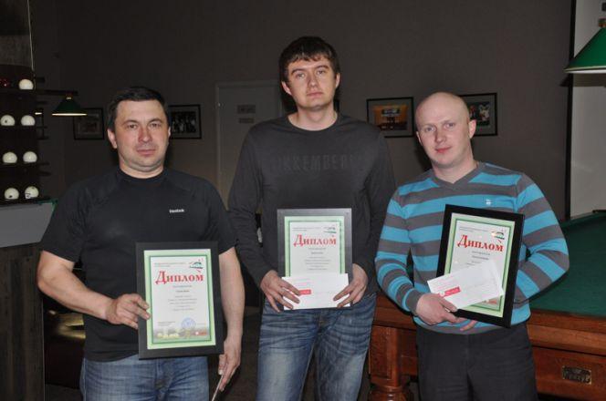 В Сибирском бильярдном центре «Богема» прошёл турнир лиги любителей бильярда по «Московской пирамиде».