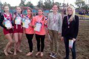 В Благовещенке завершилось первенство Алтайского края по пляжному волейболу среди команд юношей и девушек 2001-2002 и 2003-2004 годов рождения.
