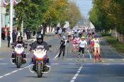 В рамках Всероссийского дня бега «Кросс нации» в Барнауле прошли массовые соревнования на лыжероллерах.