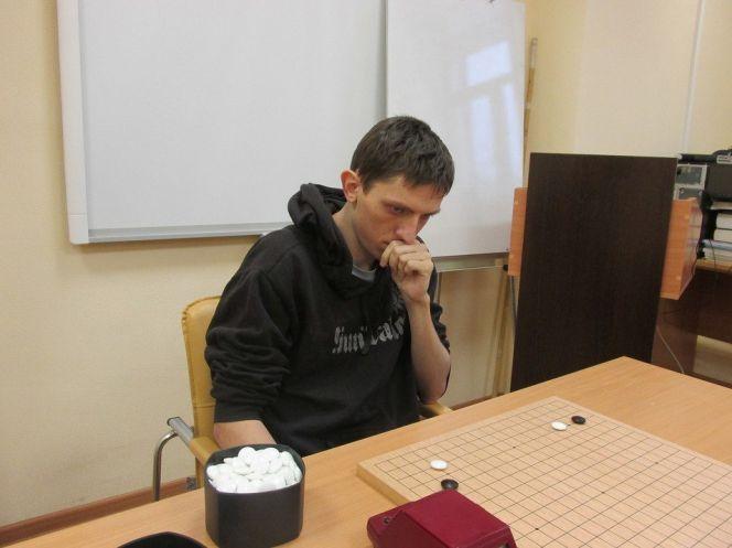 Барнаулец Дмитрий Яковцев стал победителем открытого чемпионата  Новосибирска по игре го.