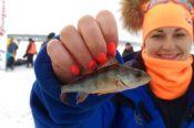 В Павловском районе состоялись вторые в истории соревнования Женской рыболовной лиги Сибири
