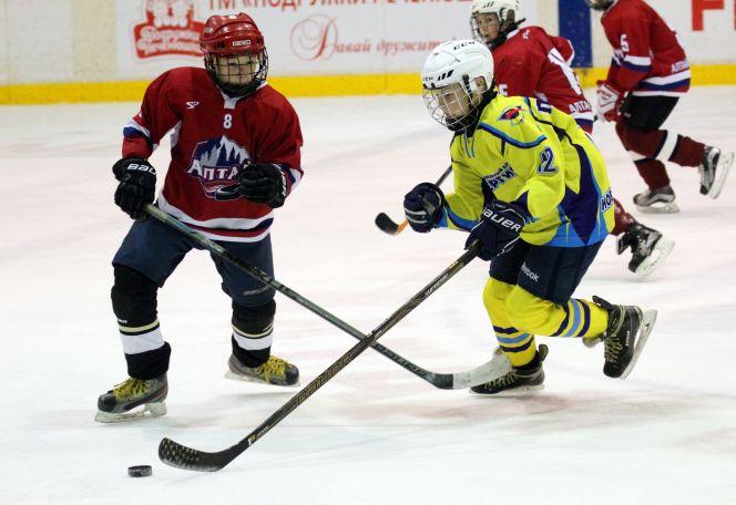В Барнауле состоялся десятый турнир памяти Алексея Черепанова