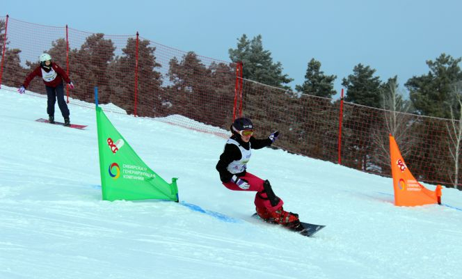 Первый день всероссийских соревнований «Кубок Алтая» принёс воспитанникам краевой спортшколы «Горные лыжи» одно призовое место