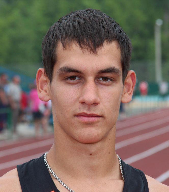 Евгений Кунц финишировал пятым на чемпионате России в беге на 3000 метров и выполнил норматив мастера спорта международного класса