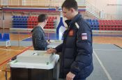 Известные алтайские спортсмены приняли участие в выборах президента Российской Федерации