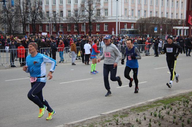 Открытый краевой легкоатлетический пробег «Кольцо Победы – 2018». Фото: Олег ХАРЛОВ