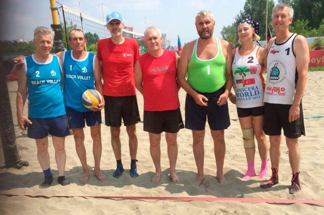 В краевом центре прошёл ветеранский турнир с участием команд из Барнаула, Новоалтайска и Топчихи
