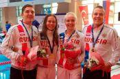 Анастасия Звягина и Мария Скороход -  победительницы первенства Европы среди юниоров в эстафетном плавании