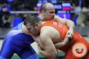 Сегодня супертяж из Новоалтайска Виталий Щур встретится в финале чемпионата России с москвичом Сергеем Семёновым
