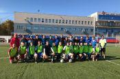 На стадионе спортшколы Алексея Смертина прошёл традиционный футбольный матч между студентами и выпускниками АлтГУ