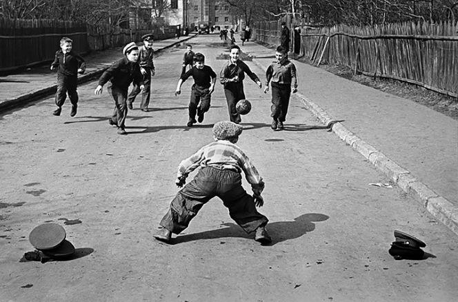Дворовый футбол. Фото: Sports.ru