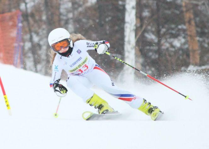 Воспитанница СШОР «Горные лыжи» Софья Назаренко