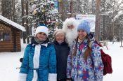 Десант Дедов Морозов одарил поклонников здорового образа жизни подарками на «Трассе здоровья»