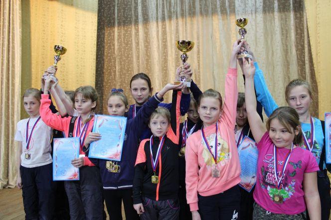 Команды мамонтовской и усть-калманской школ завоевали путёвки на всероссийский финал «Шиповки юных» в младшей возрастной категории