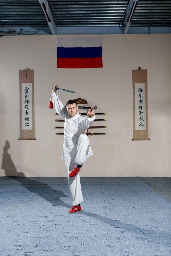 На фото: Владимир Сурков, четырехкратный чемпион мира по кунг-фу, первый вице-президент Федерации кунг-фу России, председатель Федерации кунг-фу Алтайского края