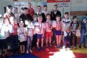 В Барнауле прошел краевой открытый Кубок Федерации по борьбе на поясах