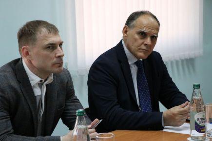 Эцио Гамба и Виталий Макаров (слева)