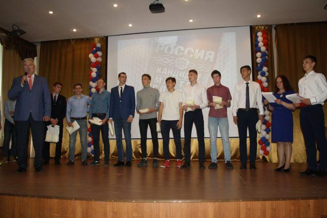 СШОР «Заря Алтая» подвела итоги и наградила героев 2018-2019 учебно-спортивного года
