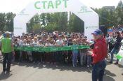В День защиты детей в Барнауле прошёл «Зелёный Марафон» Сбербанка