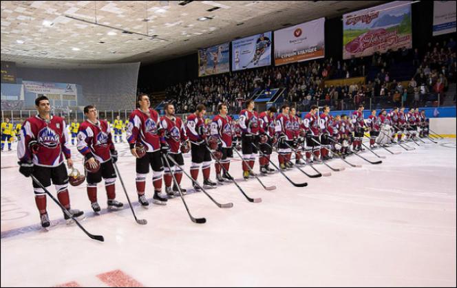 Первенство Высшей хоккейной лиги сезона 2019/2020 с участием команды «Динамо-Алтай» начнётся 13-14 сентября