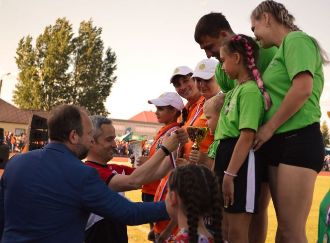 Воронины на сельской олимпиаде в Кулунде