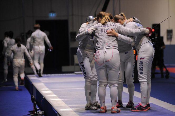 Анна Смирнова в составе сборной России заняла четвёртое место в женском командном сабельном турнире