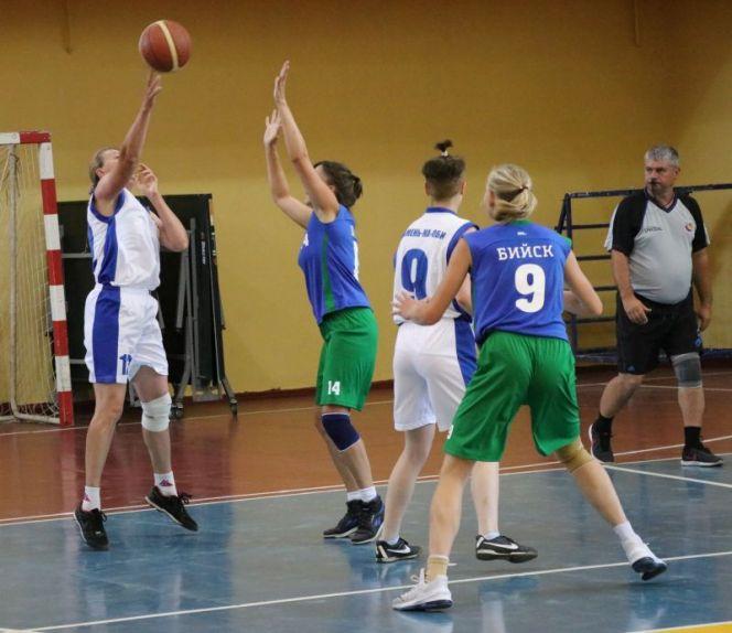 Итоги первого дня IX летней олимпиады городов Алтайского края