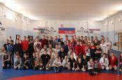 Известный актер и чемпион мира по смешанным единоборствам Олег Тактаров посетил Алтайский центр самбо