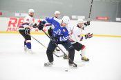 Хоккеисты «Динамо-Алтай» провели матч со своими болельщиками