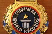Три алтайских гиревика установили рекорд, попавший в Книгу Гиннеса.