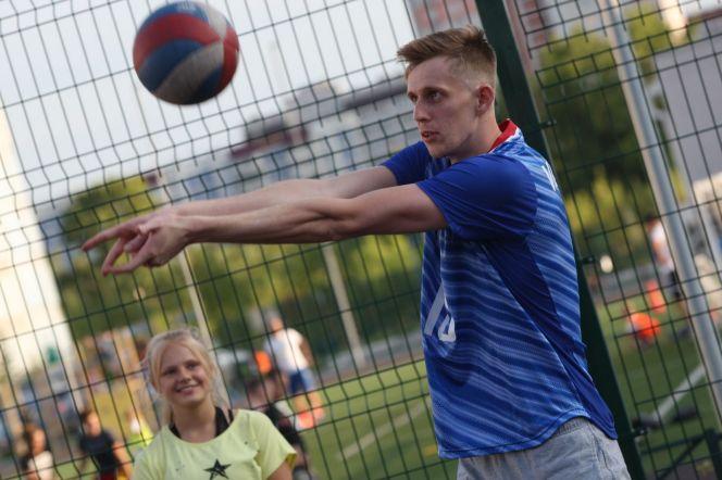 Игрок сборной России Фёдор Воронков провёл мастер-класс для юных барнаульцев