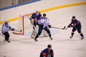 Хоккеисты «Динамо-Алтай» в повторной контрольной встрече разгромили «Красноярских Рысей»