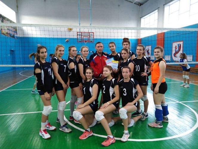 Команда Камня-на-Оби - победительница зонального этапа фестиваля волейбола «Здесь зажигаются звёзды»