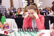 Виктория Лоскутова преследует лидеров