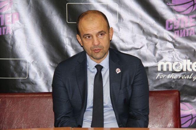 Олег Игумнов.