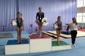 Филатовой от Филатовой. Барнаульская гимнастка получила личный приз от двукратной олимпийской чемпионки