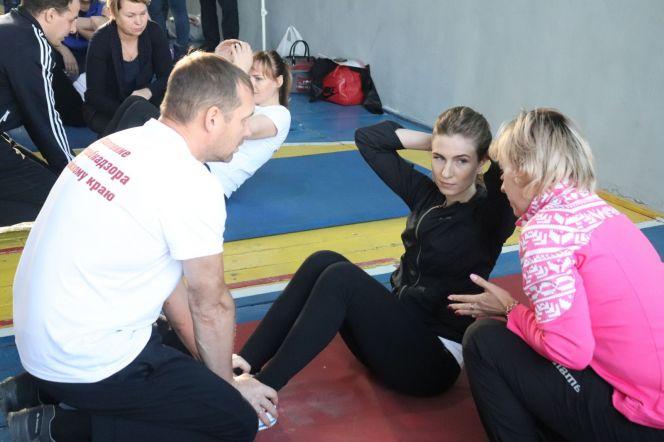 Соревнования по гимнастике среди госслужащих выиграли команды Пенсионного фонда и Минэкономразвития
