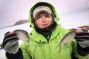 «Алтайская правда» опубликовала фоторепортаж с краевых женских соревнований по ловле на мормышку со льда
