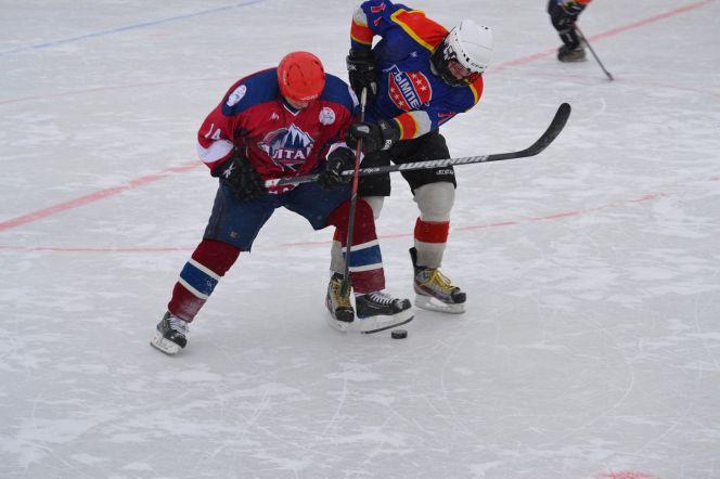 В посёлке Прутском Павловского района прошел третий этап Олимпийского фестиваля хоккея в Алтайском крае.
