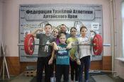 Время поднимать штангу. Михаил Шуваев мог выиграть Олимпиаду, а сейчас тренирует барнаульских детей