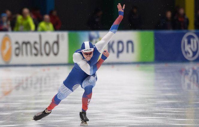 Во второй день этапа Кубка мира в Японии Виктор Муштаков выиграл соревнования на дистанции 500 метров