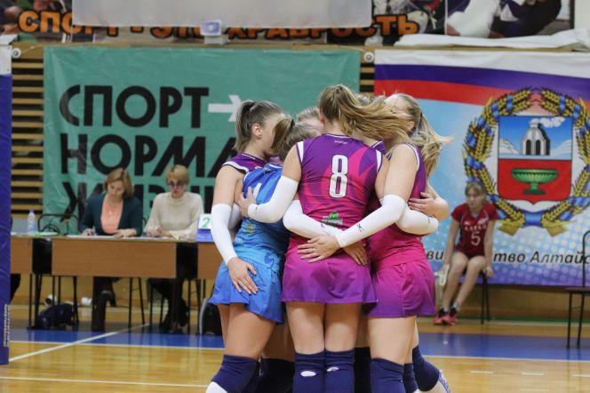 Волейболистки «Алтая-АГАУ» уверенно обыграли «Забайкалку» – 3:0