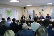 Мнения сторон в споре о строительстве нового физкультурно-оздоровительного комплекса на улице Антона Петрова