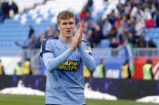 Включать голову и больше работать: барнаулец Александр Соболев – главное открытие сезона в российском футболе