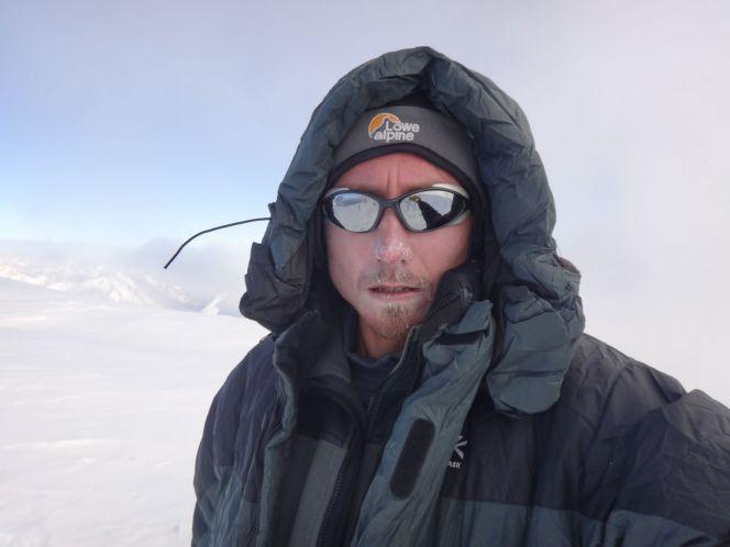 Барнаулец Алексей Усатых совершает восхождение на Пик Коммунизма в составе международной экспедиции