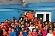 ВИДЕО. Сергей Шубенков подарил родной спортшколе новые беговые дорожки: 22 февраля юные спортсмены их опробовали