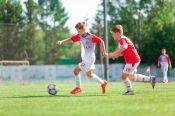 """Три футбольных спортшколы края получили статус """"Детский футбольный центр"""""""